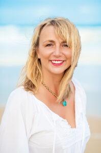 Nadine Nelen - Author